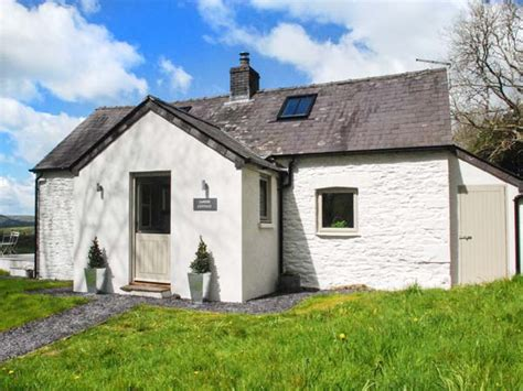 Friendly Cottages South by Sardis Cottage Friendly Cottage In Llangadog