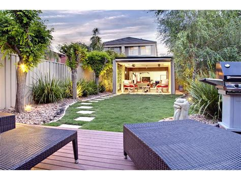 Australian Backyard - backyard spaced interior design ideas photos and