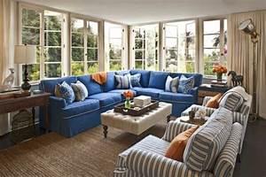 Couch Mitten Im Raum : so finden sie das passendste designer sofa f r ihren raum ~ Bigdaddyawards.com Haus und Dekorationen