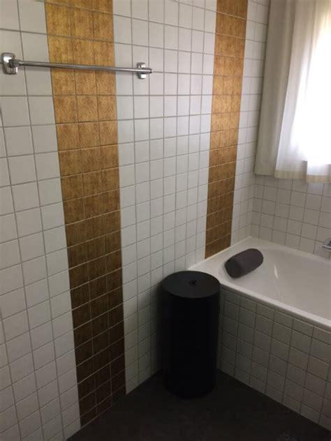 bad fliesen bekleben bad fliesen bekleben badezimmer wohnideen infoleadmobi auf design mit pvc uberkleben folie neu