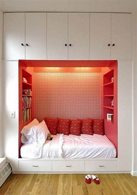 creative storage for small bedrooms 30 creative bedroom storage ideas that you need to know 18581   2828d52bc29c5d56aa2aa404cfef0f98