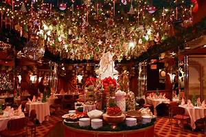 5 Spots With The Most Over-the-Top Holiday Décor in NYC