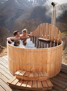 Spa exterieur en bois avec poele integre spa jacuzzi for Sauna exterieur avec poele a bois