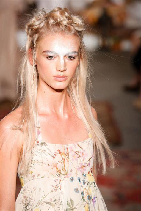 runways wedding hairstyles  spring hairstyles