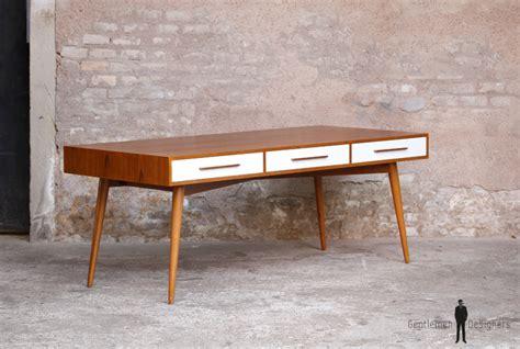 grand bureau bois revger com peindre un bureau décolier en bois idée