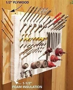 Rangement Outils Garage : 20 brillantes astuces de rangement pour un garage parfaitement rang astuce de rangement ~ Melissatoandfro.com Idées de Décoration