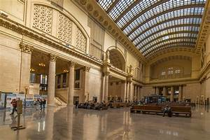 Union Station: Icon of a Great Age · Tours · Chicago ...