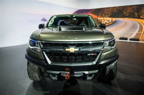 2018 Chevrolet Colorado  Tacoma's Main Competitor Has