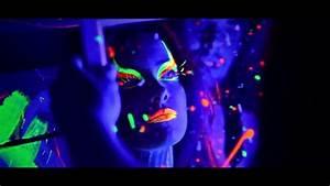 Maquillage Fluo Visage : maquillage fluo uv et soir e avec maquillage fluorescent ~ Farleysfitness.com Idées de Décoration