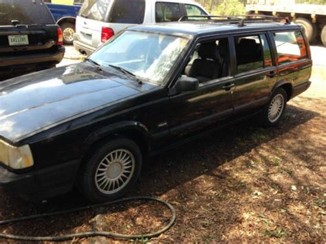 find  volvo  wagon  row seating southern rust