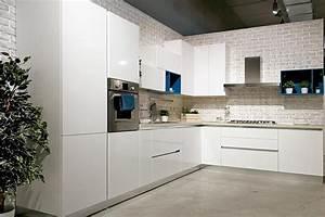Cucina moderna componibile Easy Lops Zaffiro Acquistabile in Milano e provincia, Monza e Brianza