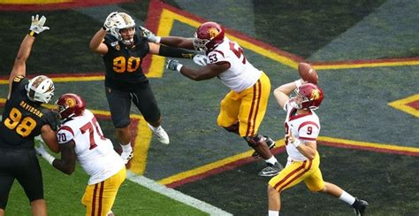 SportsLine model predicts college football's Week 10 results