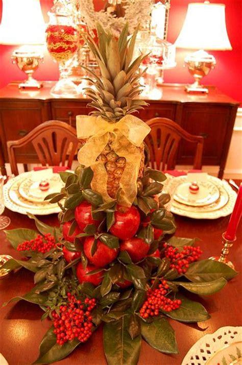 ideas  pineapple tree centerpieces