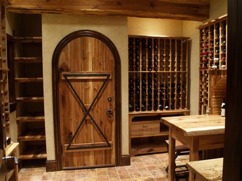 Hickory Wine Cellar & Home Theater Wunderwoods