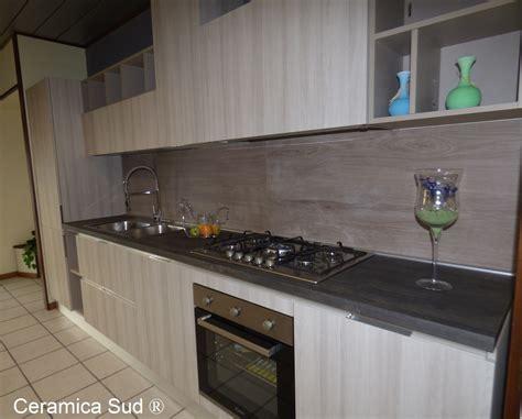 piastrelle cucina effetto legno piastrelle per cucina in lastre di gres effetto legno