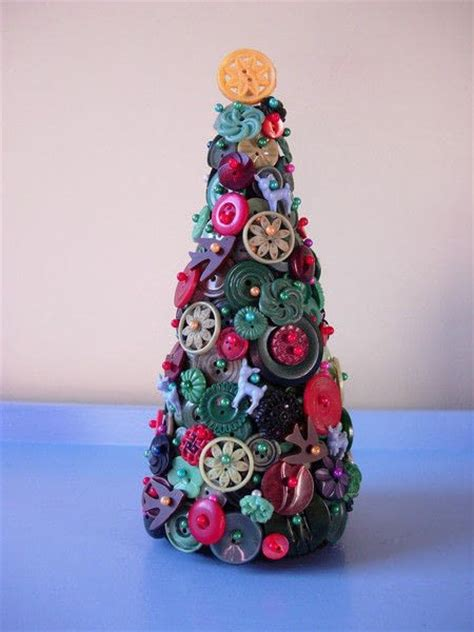 who to make a christmas tree from old tires vintage button tree 183 how to make a tree 183 embellishing on cut out keep