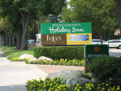 the inn at christmas place garland length window view 2 picture of the garland los angeles