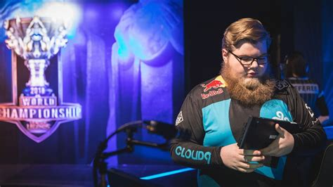 league  legends world championship clouds zeyzal