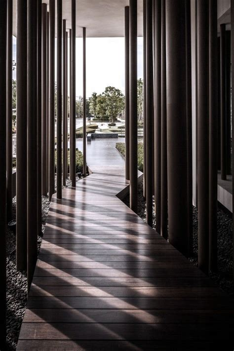 Best 25+ Corridor Design Ideas Only On Pinterest Office