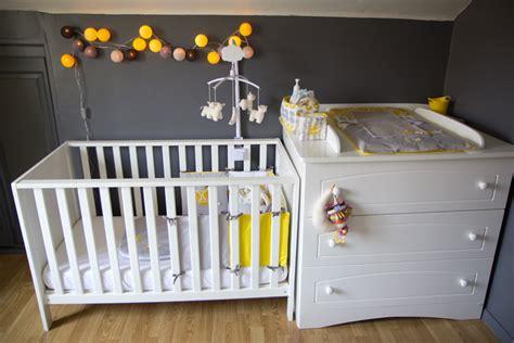 chambre bebe gris blanc gris les p 39 tites merveilles de béré