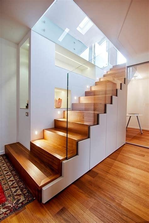 Flaechensparende Treppenformen Und Loesungen Fuer Sinnvolle Raumnutzung by Flur Diele Architetto Alessandro Passardi In 2019