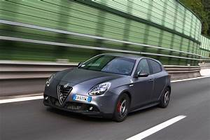 Alfa Romeo Giuletta : 2015 alfa romeo giulietta quadrifoglio verde review first drive photos caradvice ~ Medecine-chirurgie-esthetiques.com Avis de Voitures