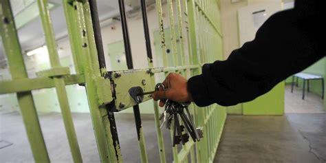 cours de cuisine dax prison de l île de ré un membre du personnel agressé par un détenu sud ouest fr