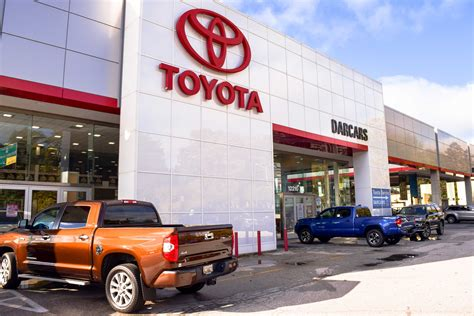 Toyota Dealership by Toyota Dealer Serving Laurel Md Darcars Toyota Of Silver