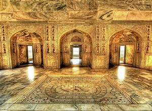 Akbar's Royal Bathing Chamber | Akbar the Great was quite ...