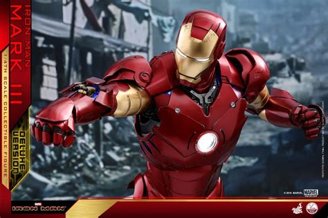 Iron Man Mark III 1/4 Scale Figure by Hot Toys