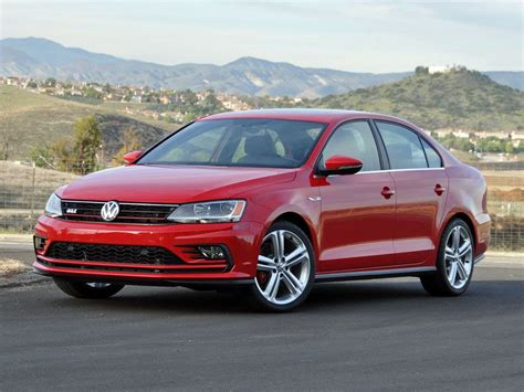 2016 Vw Jetta Mpg by 10 Things You Need To About The 2016 Volkswagen Jetta