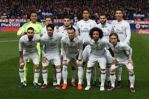 real madrid xi a player by player guide to zinedine zidane s side for el cl 225 sico mirror