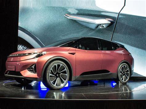 CES 2018 : Byton, la voiture high-tech et connectée ...