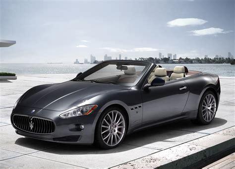 2010 Sport Cars by 2010 Maserati Grancabrio Sports Cars