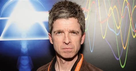 """Noel gallagher was born on may 29, 1967, in longsight, england. Noel Gallagher: """"Who Wants To Sing About The News ..."""