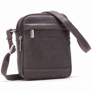 Sac Cuir Bandoulière Homme : conseils choisir et porter un sac pour homme bonnegueule ~ Melissatoandfro.com Idées de Décoration