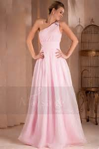 bridesmaid robes robe de soirée désirée longue pale en mousseline