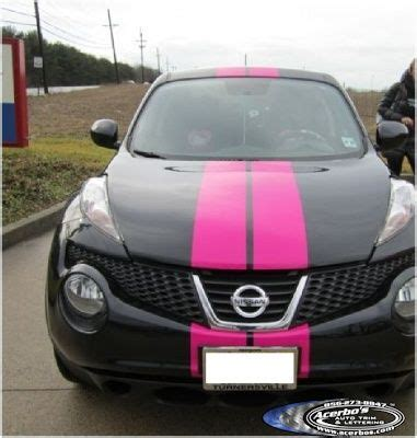 black nissian juke  pink vinyl racing stripes