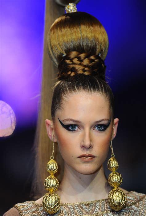 high hair bun styles high buns for hair hairstyle ideas in 2018 4396