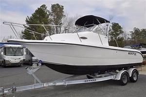 2007 Sea Fox 230 Walk Around Power Boat For Sale