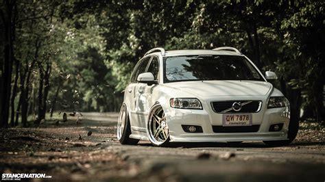 Thai-Style // Momm's slammed Volvo V50.   StanceNation ...
