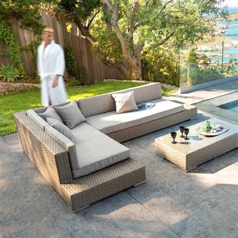canap jardin pas cher canape exterieur resine tressee salon table chaise salon