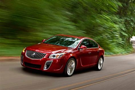 2018 Buick Regal Sleek And Shapely Design