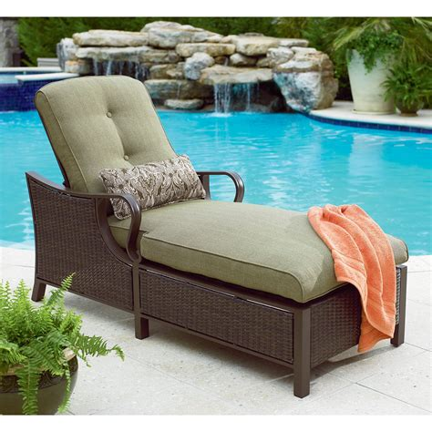 la z boy wicker chaise lounge great outdoor ideas at sears