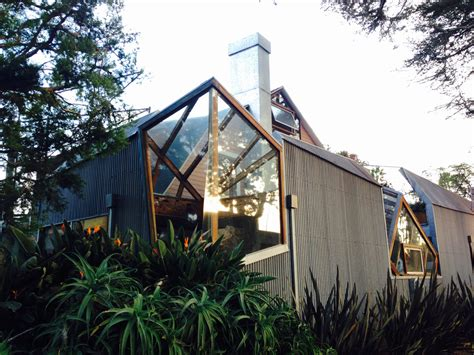 10 Frank Gehry Buildings to See in L.A. | The Getty Iris