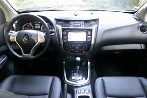 4x4 Renault Pick Up : essai vid o renault alaskan 2017 le pick up qui veut faire de l 39 ombre aux suv ~ Maxctalentgroup.com Avis de Voitures