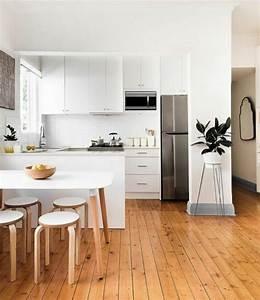 La cuisine blanche et bois en 102 photos inspirantes for Idee deco cuisine avec meuble en bois scandinave