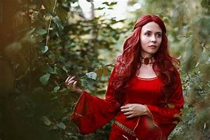 Melisandre cosplay (Game of Thrones) by palewinterrose on ...
