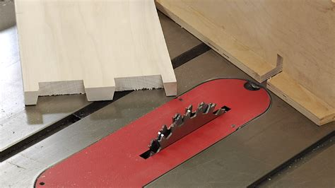 cut dovetails   table  dovetail jig