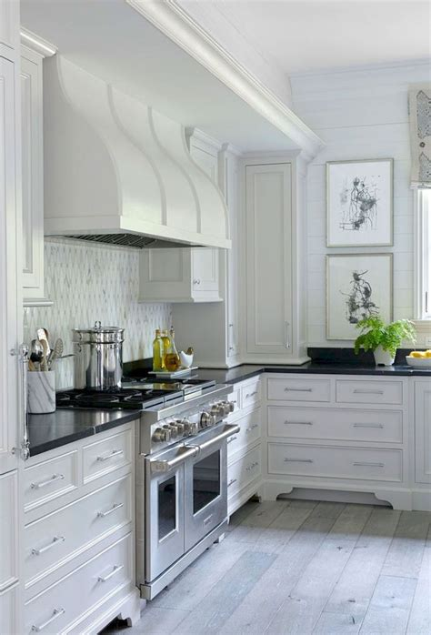 best 25 above cabinet decor ideas on top of 595 69071acf68eb552ff595ad6d282a03c5